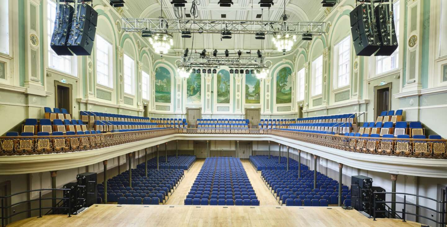 Ulster Hall default